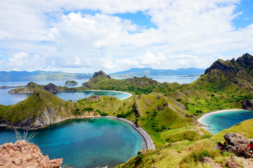The Famous Photo We All Want to Take on Padar Island